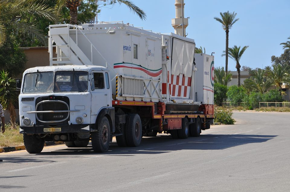 Mobile atc tower arrives at mitiga airport from italy s for Italia mobile