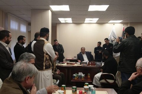 Nasr meeting his working staff after his release