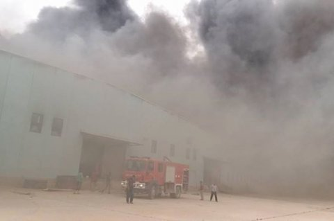 Massive fire claims furniture stores in Ejdabia. Saturday, June 06, 2015. Photos: Social Media