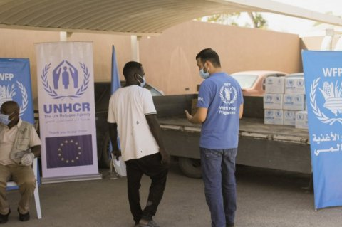 WFP and UNHCR distribution in Zawiya © WFP KHAYAL