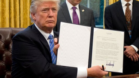 Trump bans Libyans from entering the US in new travel restriction order
