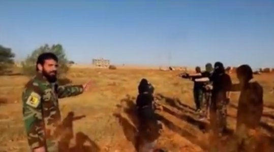 Video: East Libyan army commits extrajudicial execution