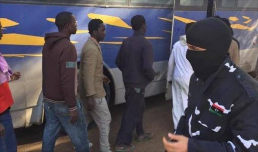 Special Deterrent Force transfers migrants to Tripoli shelter centers
