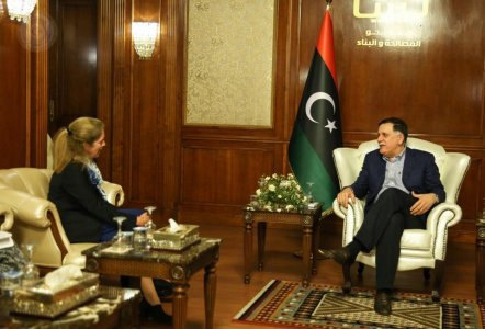 Deputy head of UNSMIL reviews political situation in Libya with Sarraj