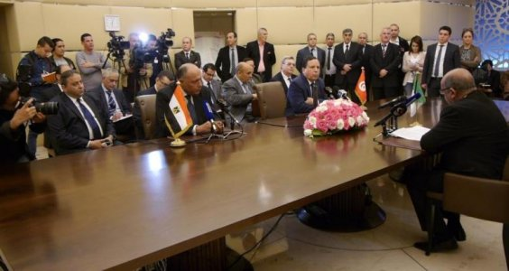 Foreign ministers of Egypt Algeria and Tunisia reaffirm political solution for Libyan crisis