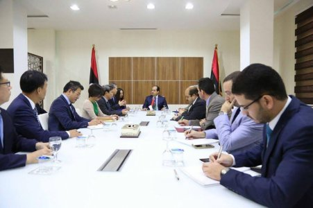 Maiteeq holds meeting with South Korean official
